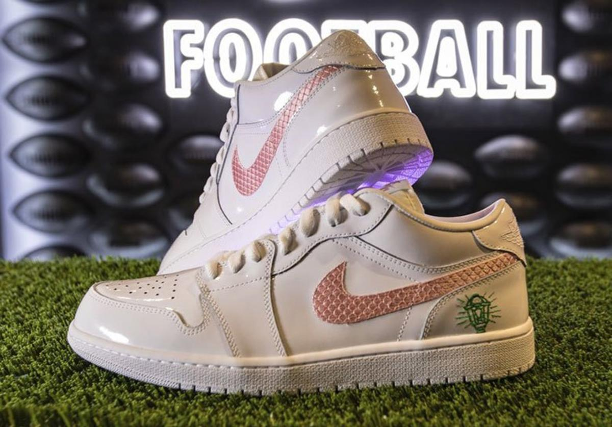 Kyler Murray AJ1 Low PE