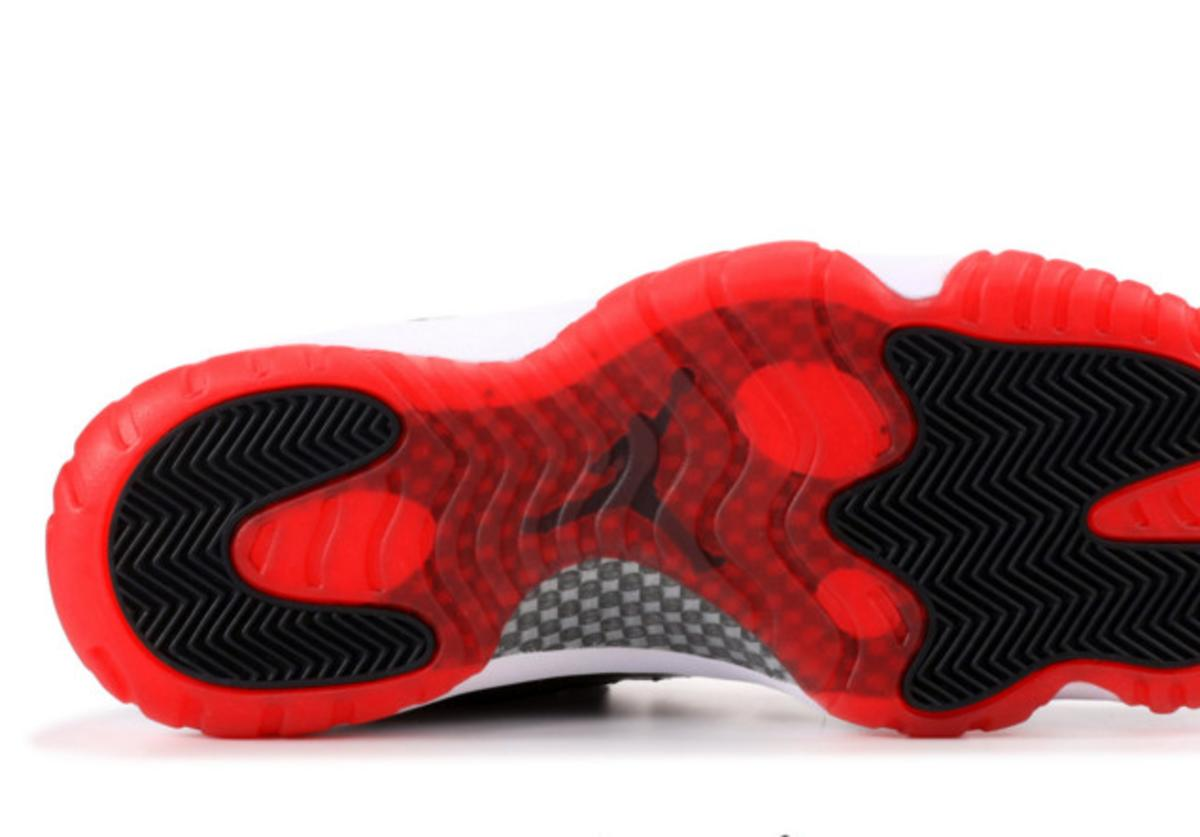 Air Jordan 11 Low Concord x Bred