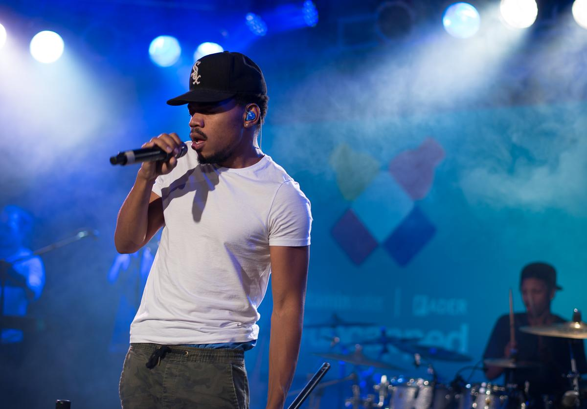 Chance the rapper performing at the fader x vitamin water event