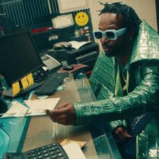 """Juicy J, Lil Baby & 2 Chainz Are Janky Businessmen In The Music Video For """"Spend It"""""""