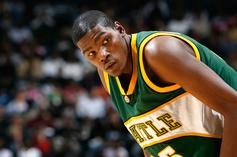 Kevin Durant Rookie Card Breaks Record At Auction