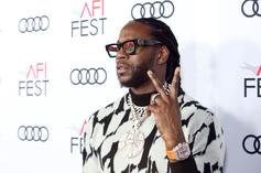 """2 Chainz Tries To Buy Bootleg Copies Of """"So Help Me God!"""" From A Gas Station"""