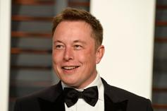 """Elon Musk Reveals That He Has Asperger's On """"Saturday Night Live"""""""