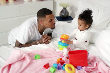 """Chris Brown """"Little More (Royalty)"""" Video"""