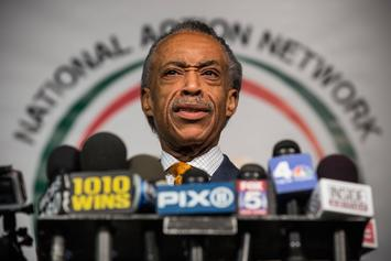 Twitter Reacts To Al Sharpton's Mirror Selfie