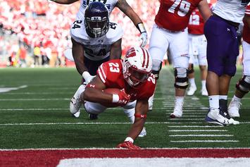 Wisconsin's Jonathan Taylor Breaks Adrian Peterson's NCAA Rushing Record