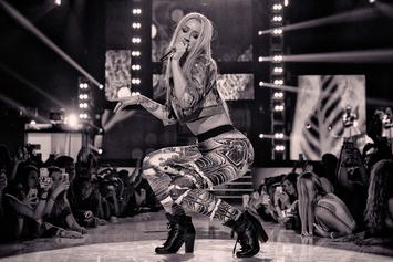 Iggy Azalea Shows Off New Hairstyle, Hourglass Figure In New Video