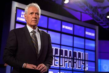 """Jeopardy!"" Contestants Majorly Fail During A Football Themed Category"