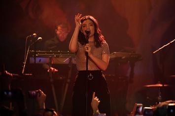 "Lorde Covers Drake's ""Shot For Me"" Live In Concert"