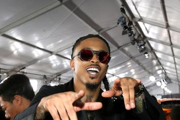 August Alsina Allegedly Flashes Gun At Fans To Stop From Being Harassed