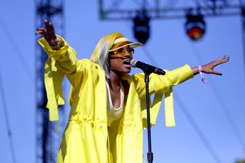 """Dej Loaf Wants To Help """"Liberate"""" You By Fronting Marriage License Costs"""