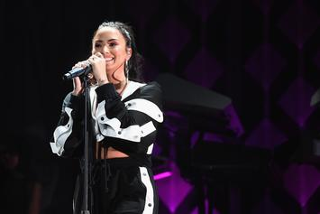 "Demi Lovato Enters Rehab & Separates From ""Toxic People"""