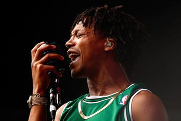 "Lupe Fiasco Challenges Publications Over ""DROGAS WAVE"" Reviews"