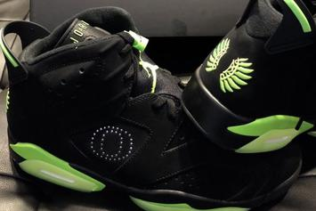 Oregon Football Got Some Fresh New Jordan 6 PE's