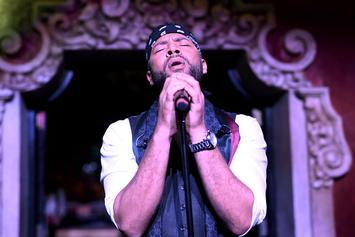 """Jussie Smollett Addresses Attack During Concert: """"I'm The Gay Tupac"""""""