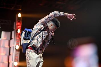 """Blueface Gives Concertgoers A Crypn Tutorial By Pulling Out """"The Mop Stick"""""""