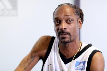"""Snoop Dogg Blasts Facebook For Banning Louis Farrakhan: """"What If We Ban Y'all?"""""""
