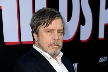 "Mark Hamill Reveals How Luke Returns In ""Star Wars: The Rise Of Skywalker"""