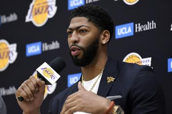 Anthony Davis Unveils His Lakers Uniform During NBA 2K20 Shoot