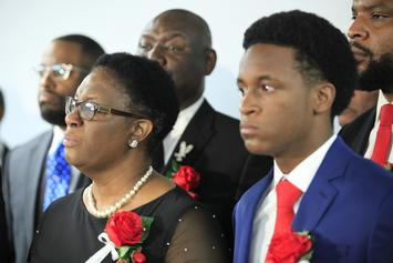 Botham Jean's Brother Criticized For Hugging Amber Guyger In Courtroom
