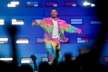 "J Balvin Collabs With Ian Delucca For ""Spongebob Squarepants"" Grillz"