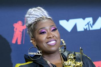Missy Elliott Dresses As Herself For Halloween & Proves She Doesn't Age