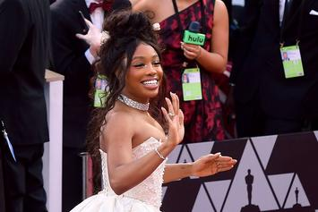 """SZA Continues Her Cute But """"Moody"""" Instagram Shares"""