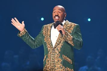 """Steve Harvey Says He's """"Happy"""" For Kelly Clarkson After NBC Replaced His Talk Show With Hers"""