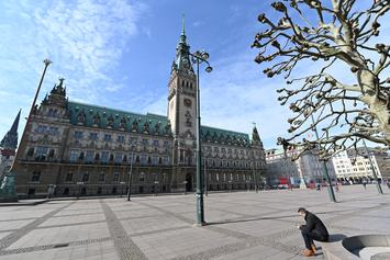 """Germany's """"Big Brother"""" Cast Clueless About Coronavirus Pandemic"""