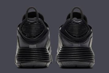 """Nike Air Max 2090 Drops In """"Triple-Black"""" Offering: Photos"""