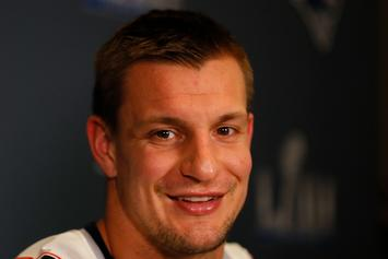 "Rob Gronkowski Unveiled As The White Tiger On ""The Masked Singer"""