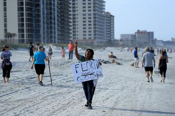 People In Florida Flock To Reopened Beaches Despite Coronavirus