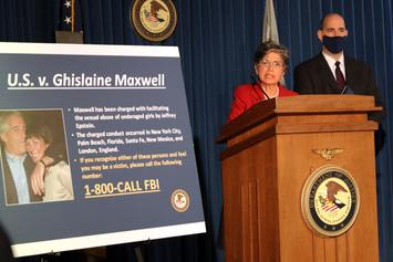 Federal Judge To Unseal Ghislaine Maxwell Court Documents