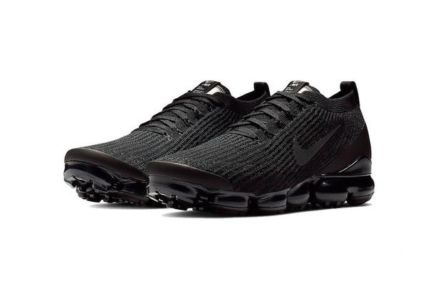 451011de4f Nike Air VaporMax Flyknit 3.0 Gets An All-Black Makeover