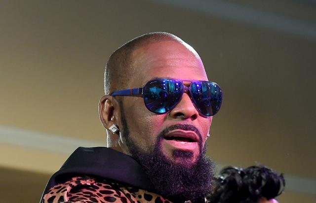 R. Kelly at the 2015 Soul Train Awards
