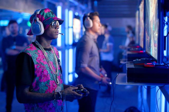 Soulja Boy playing video games