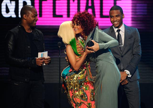 Nicki Minaj & Rihanna at an awards show 2010