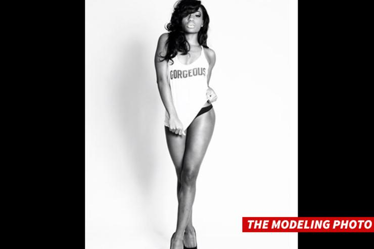 Woman models for Trukfit