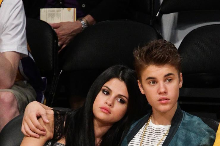 Justin Bieber and Selena Gomez At Lakers Game