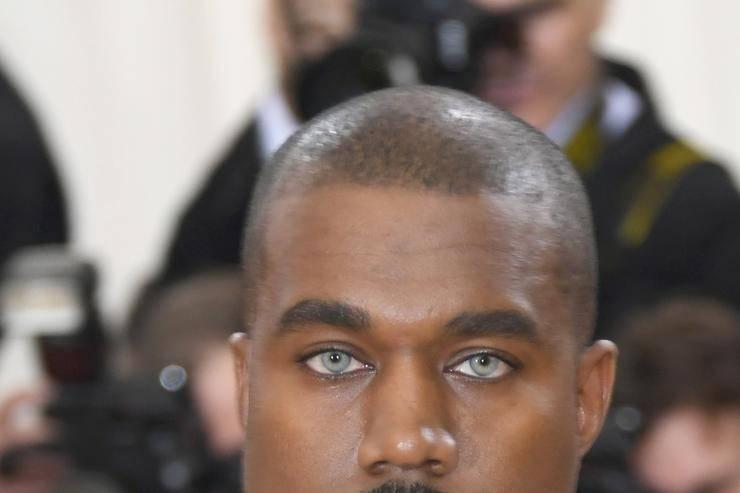 Kanye wearing contacts at Met Gala
