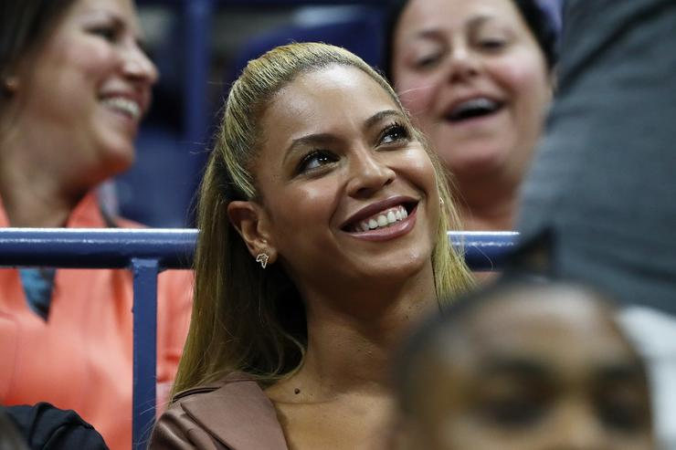 Beyonce watches the second round Women's Singles match between Serena Williams of the United States and Vania King of the United States on Day Four of the 2016 US Open at the USTA Billie Jean King National Tennis Center on September 1, 2016 in the Flushing neighborhood of the Queens borough of New York City.