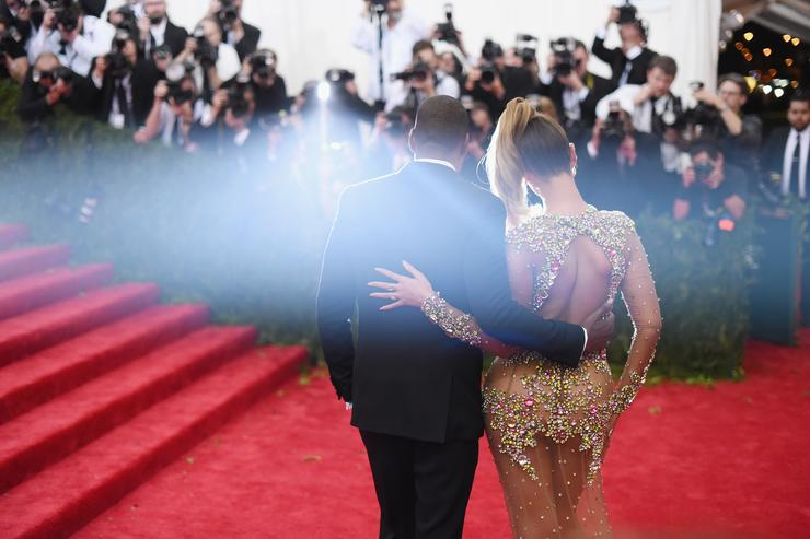 Jay-Z Beyoncé 'China: Through The Looking Glass' Costume Institute Benefit Gala - Alternative Views