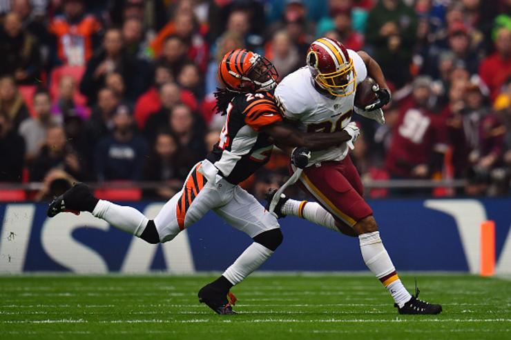 Adam Jones tackles Jordan Reed