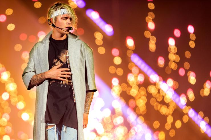 Justin Bieber In Concert - 2016 Purpose World Tour - Los Angeles, CA