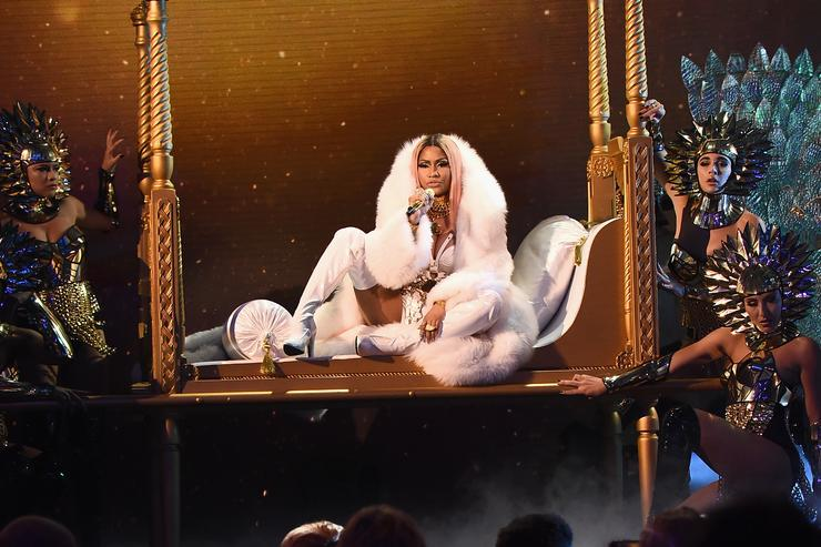 Nicki Minaj performs at 2017 NBA Awards