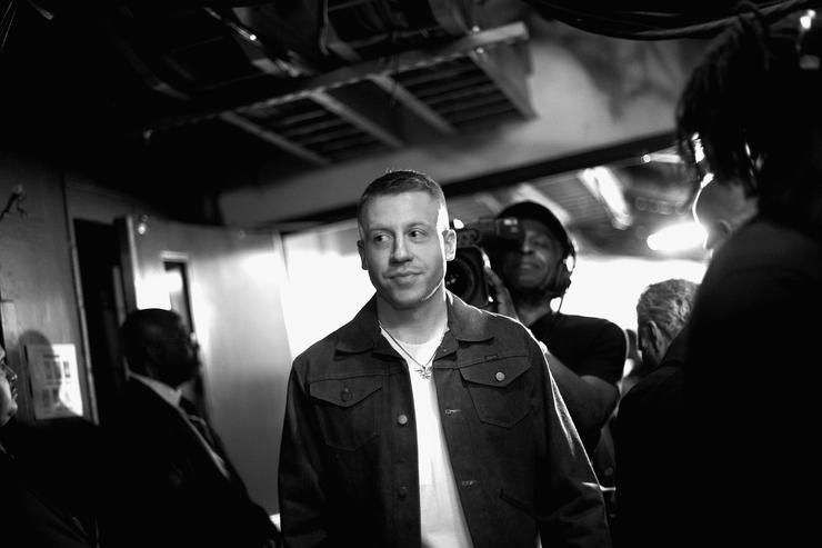 Macklemore at iHeart Music Awards backstage