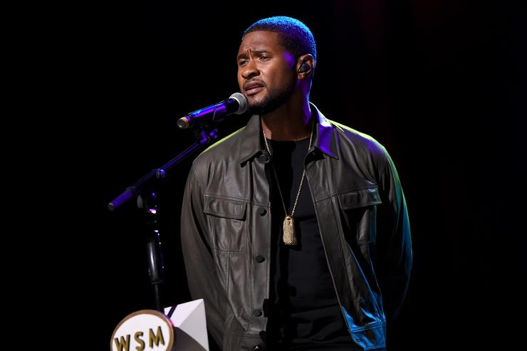 Who is the woman suing Usher for $20m for giving her herpes?