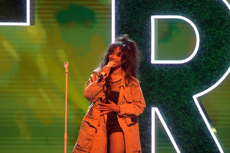 SZA at Black Girls Rock Event