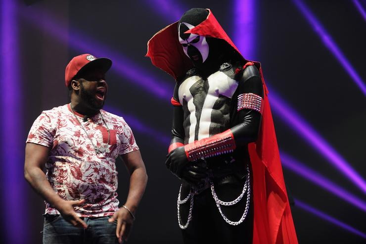 "Daylyt In ""Spawn"" Attire"
