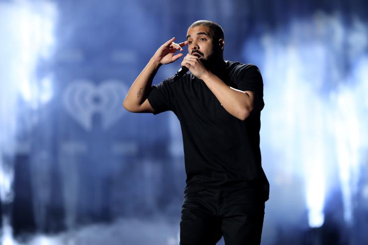 Drake has broken Taylor Swift's Spotify streaming record